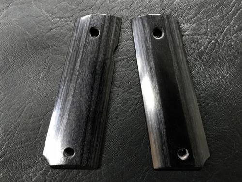 Wood Grip Government-45AUTO Smooth Black